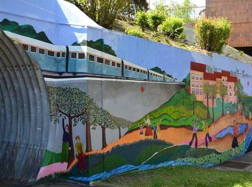 Fresque en gare des Yvris