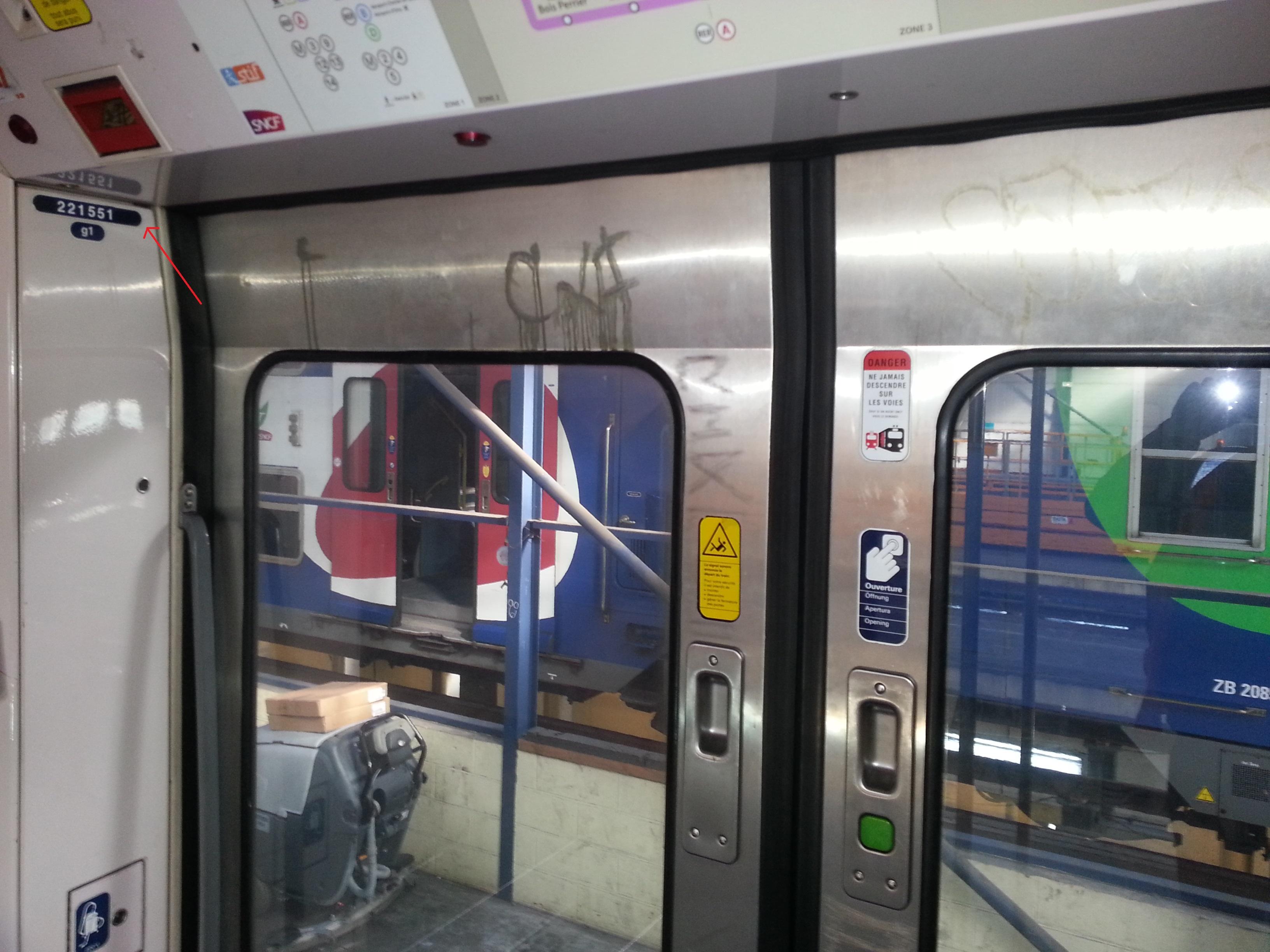 Le nettoyage des trains for Centre de nettoyage interieur voiture